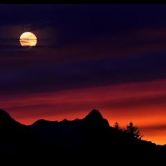 Ay Başak Burcuna Geçiş Yapıyor